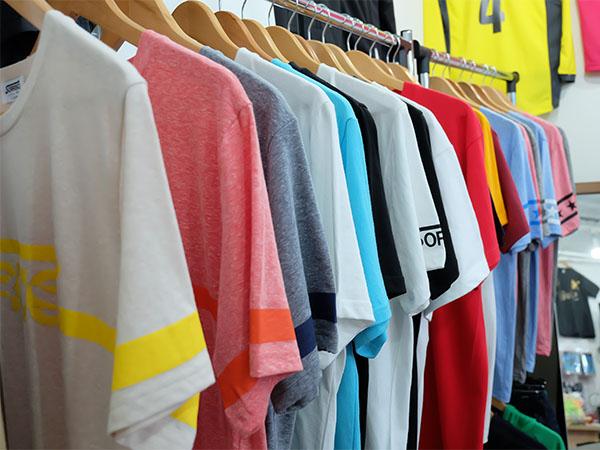当店オリジナルTシャツやグッズ